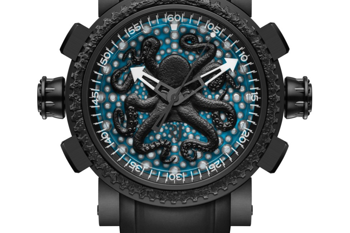 ROMAIN JEROME. The new Deep Blue Octopus incorporates all characteristics and aesthetical features of the animal. The dial features a sea urchin skeleton structure. The black PVD-coated steel notched bezel contains steel from the Titanic. Only 25 pieces are available, HK$172,500
