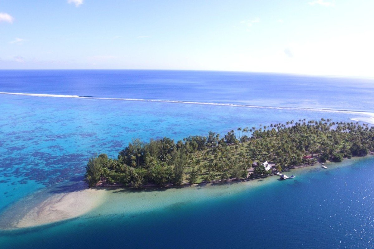 Island Motu Tiano in French Polynesia is up for auction.