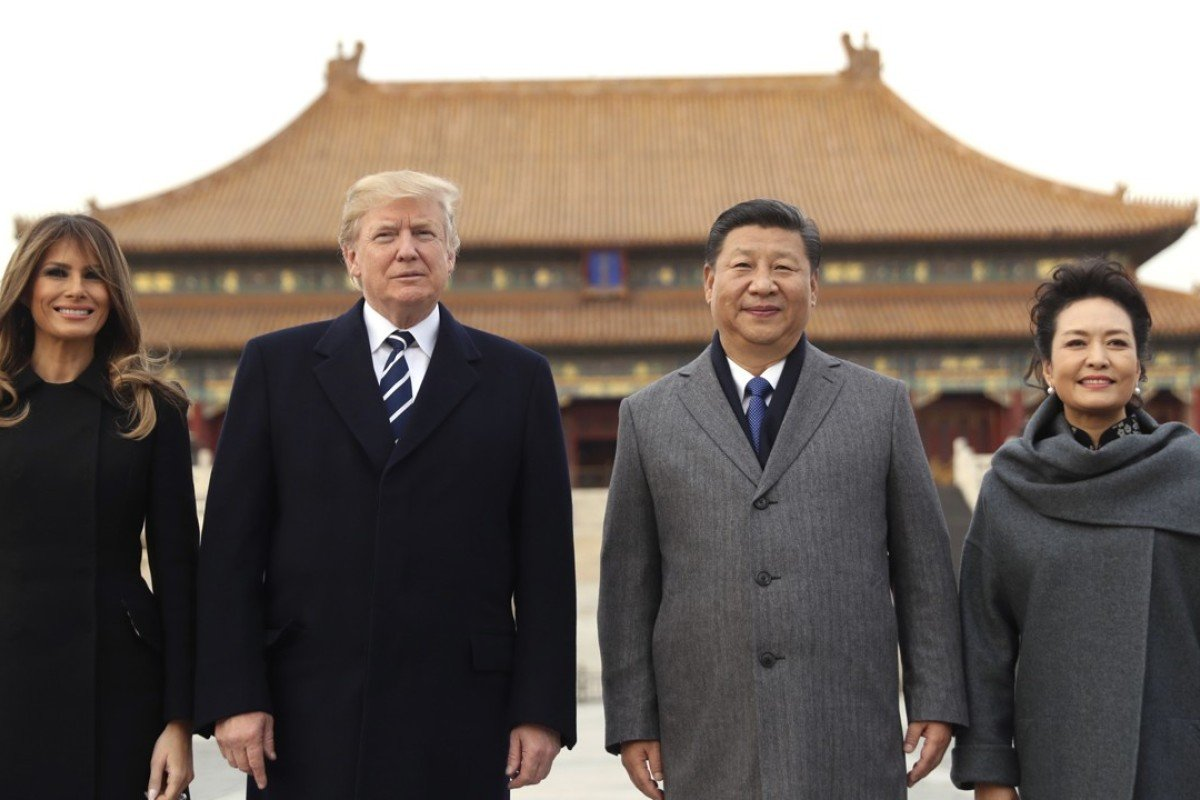 President xi jinping and wife peng liyuan stands with us president donald trump and us first