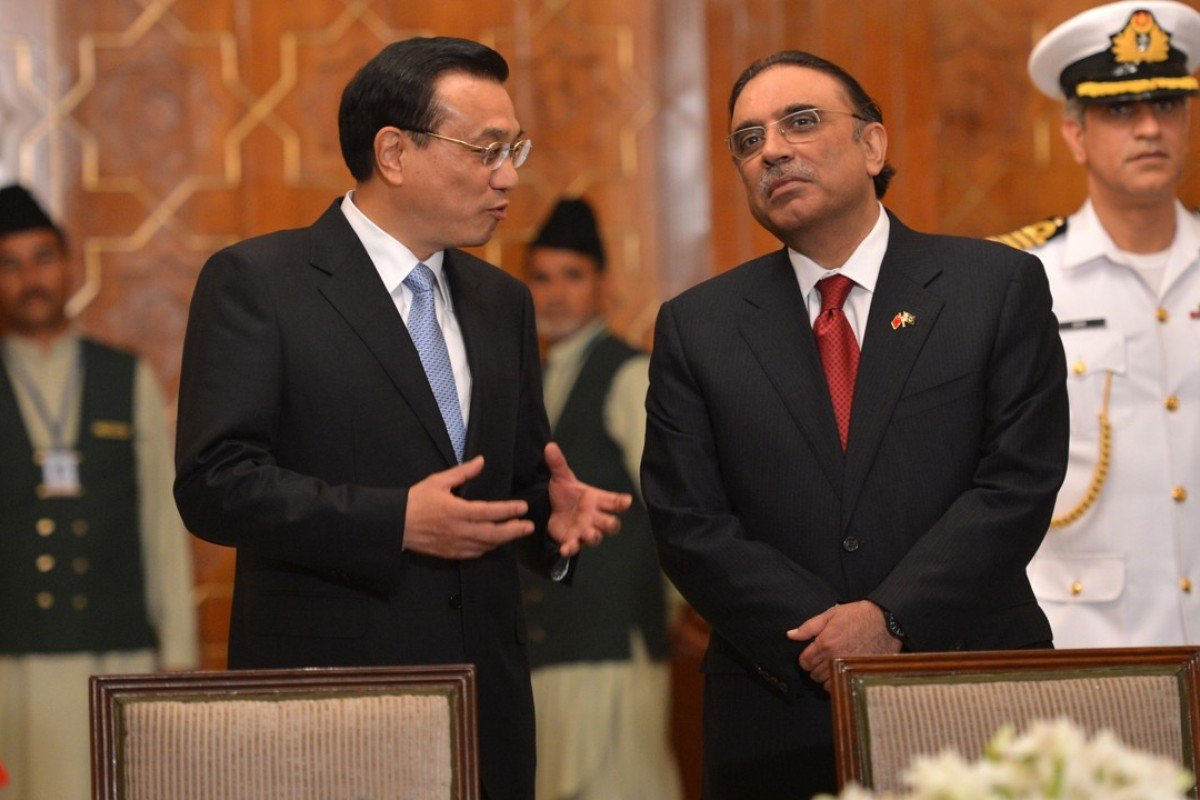 Chinese Premier Li Keqiang with Asif Ali Zardari, Pakistan's president in 2013. Photo: AFP