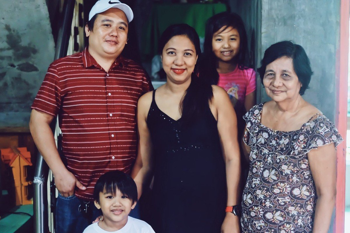 Joy Fernandez and her family. Photo: Chao Wee Lee