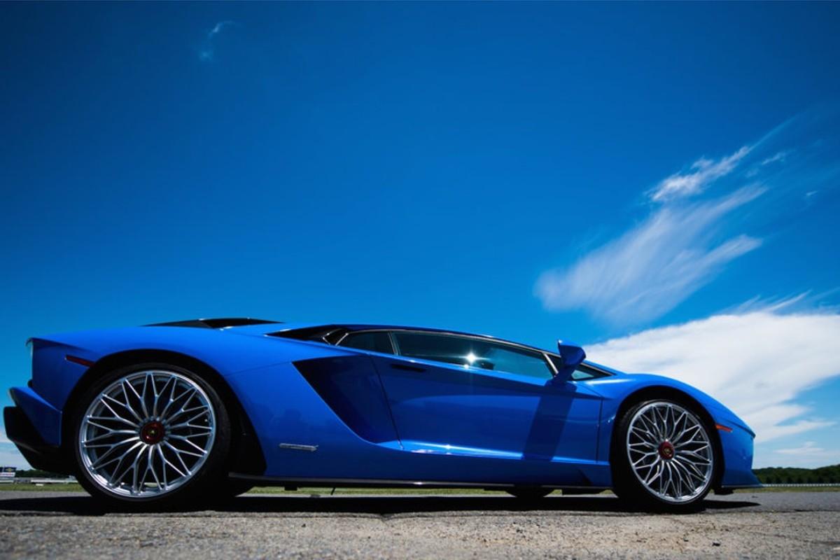 Crypto Millionaires Seem To Love Their Lamborghinis. Photo: Lamborghini