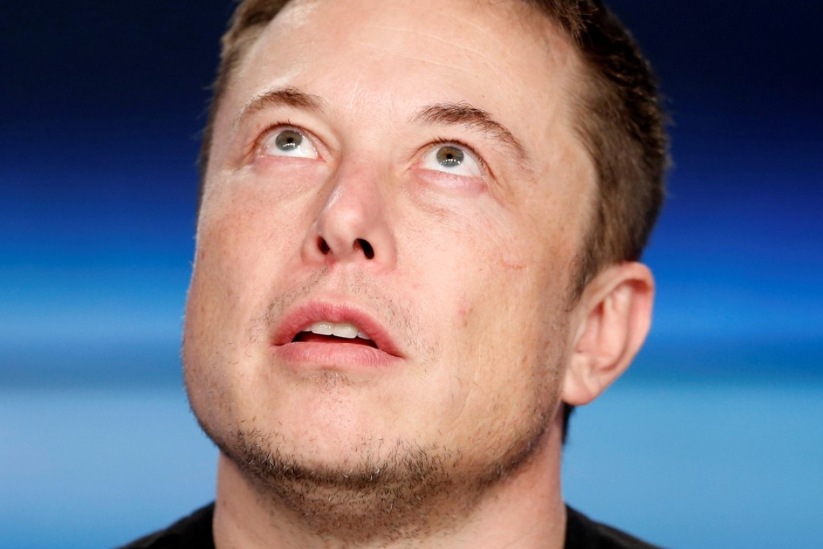 Elon Musk's apology fell short on Vernon Unsworth, who said he will sue the billionaire. Photo: Reuters.