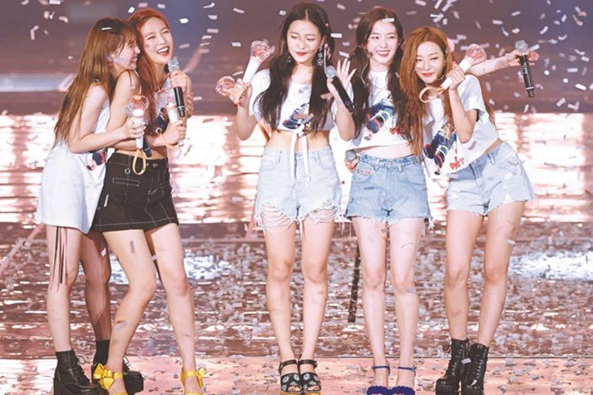 Members of Red Velvet perform at their concert series REDMARE, held on August 4 and 5 at SK Olympic Handball Gymnasium in Seoul. From left are Wendy, Joy, Yeri, Irene and Seulgi. Photo: SM Entertainment