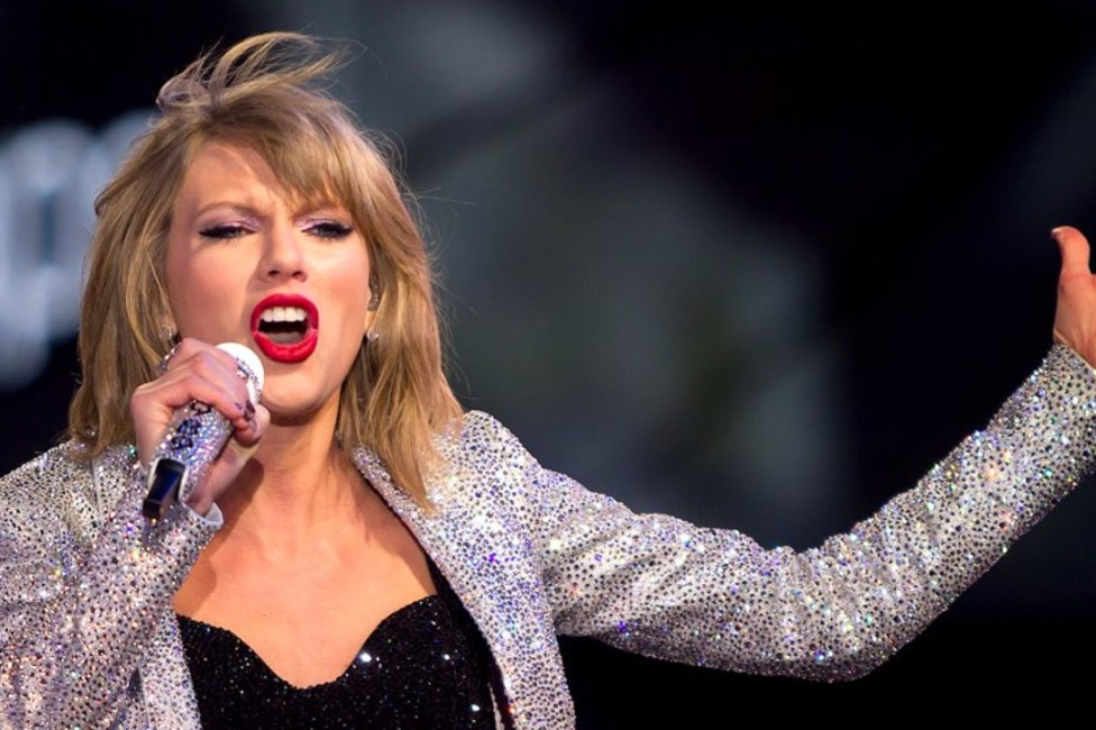 Taylor Swift is worth an estimated US$300 million. How does she make it and how does she spend it? Photo: Carlo Allegri/Reuters
