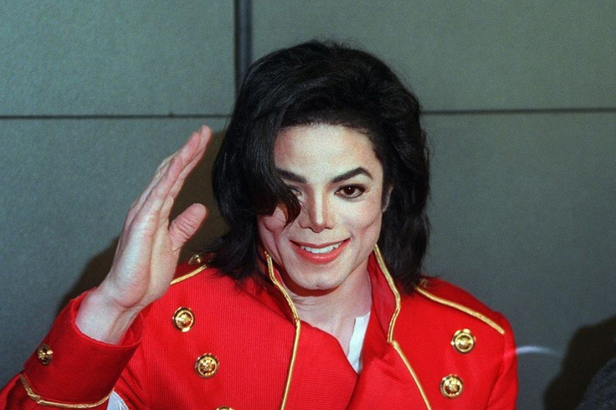 Mark Ronson pays tribute to Michael Jackson with remix