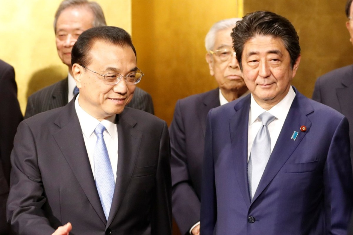 Chinese Premier Li Keqiang and Japanese Prime Minister Shinzo Abe at an event to celebrate the 40th anniversary of a peace and friendship treaty between China and Japan. Photo: Reuters