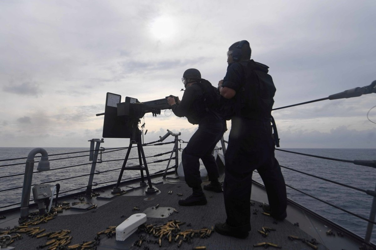 Weapons training aboard a US destroyer in the South China Sea. Photo: Reuters