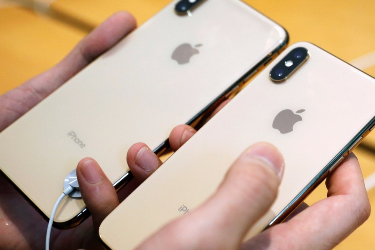 Apple has made a few improvements to the front and rear cameras of the iPhone XS and XS Max, including faster sensors and zero shutter lag. Photo: Edgar Su/Reuter