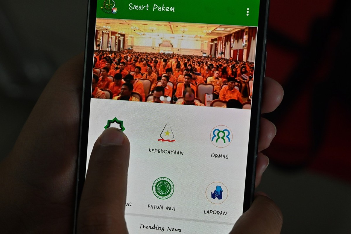 """Indonesian """"heresy app"""" to report """"misguided"""" beliefs"""