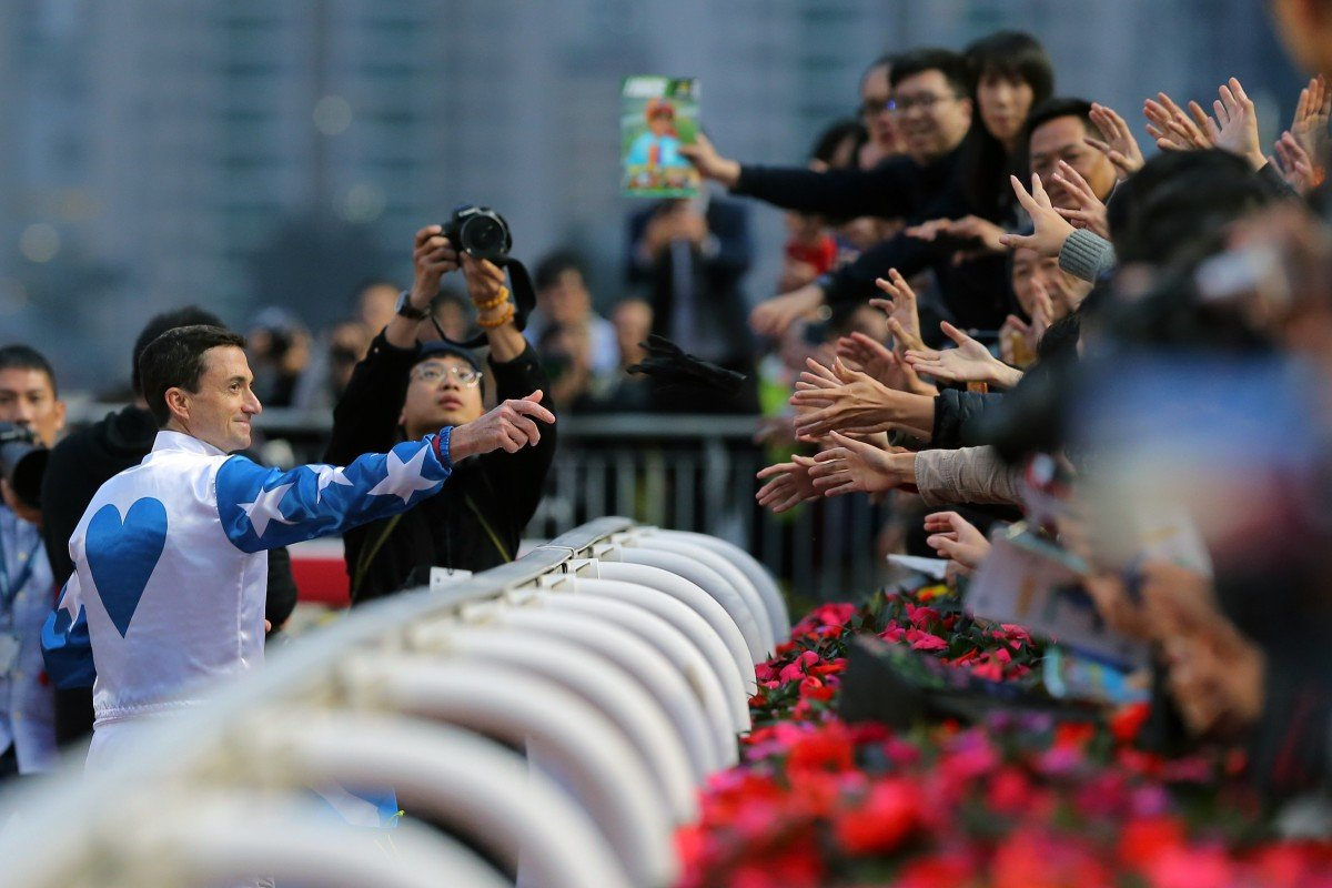 Douglas Whyte says goodbye to racing fans after the last race at Sha Tin on Sunday. Photos: Kenneth Chan