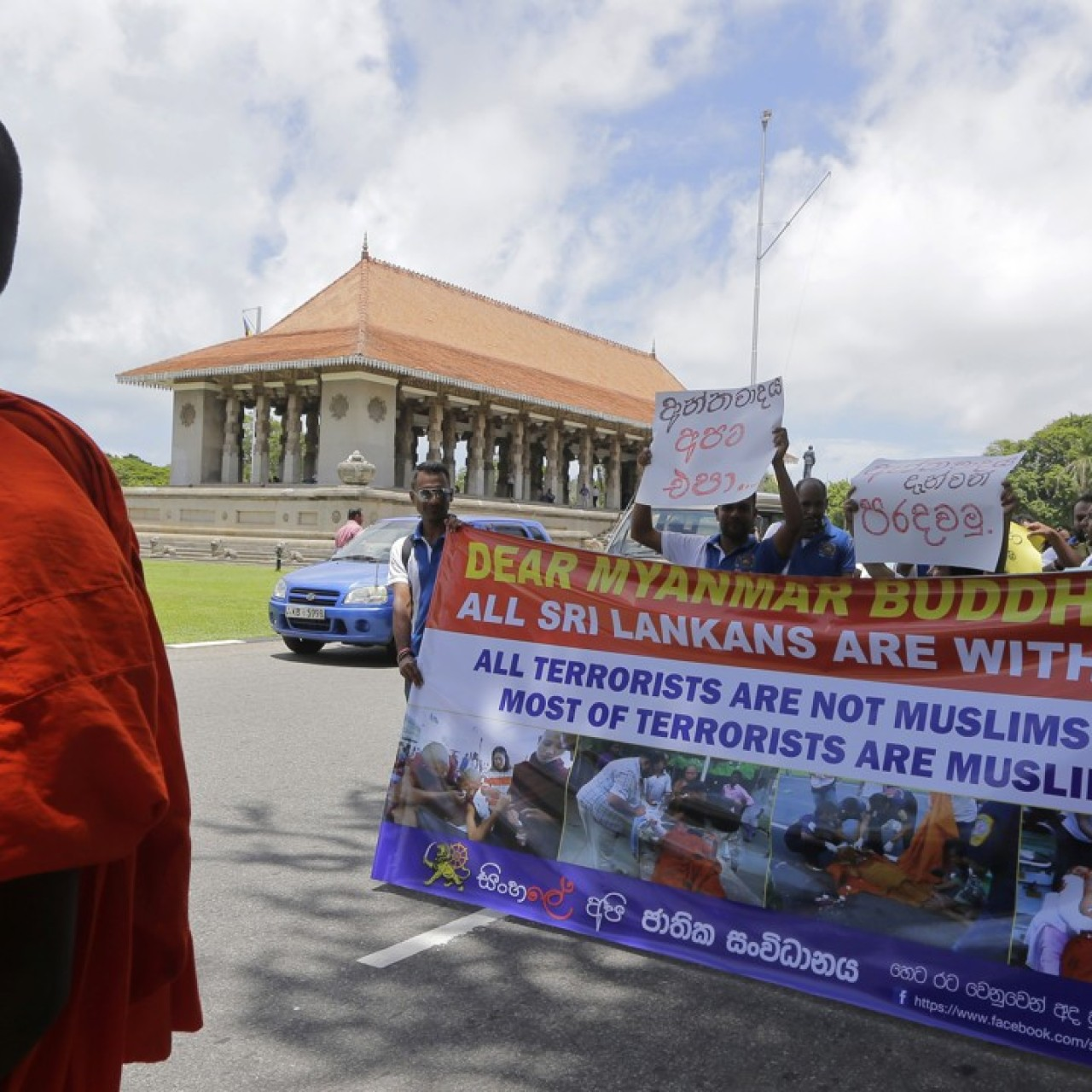Hardline Buddhist monks storm UN 'safe house' in Sri Lanka to attack