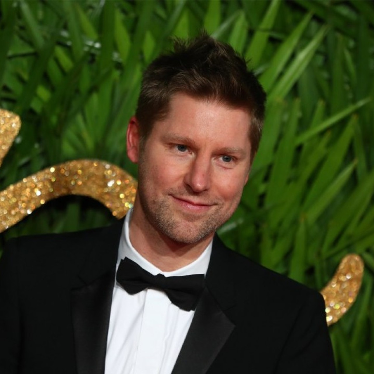 Christopher Bailey dedicates his last Burberry collection to
