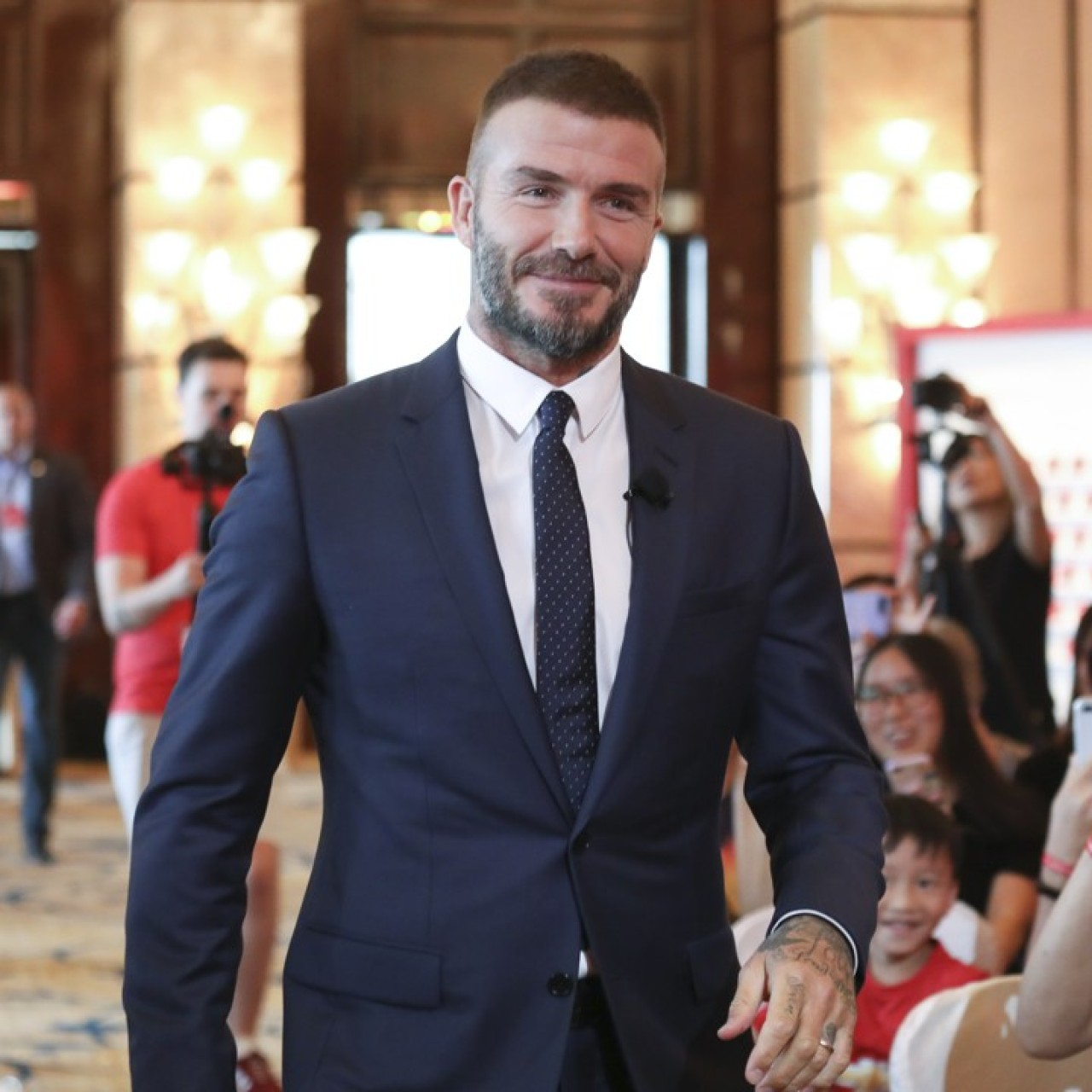 David Beckham's top tips for a healthy life: put that phone