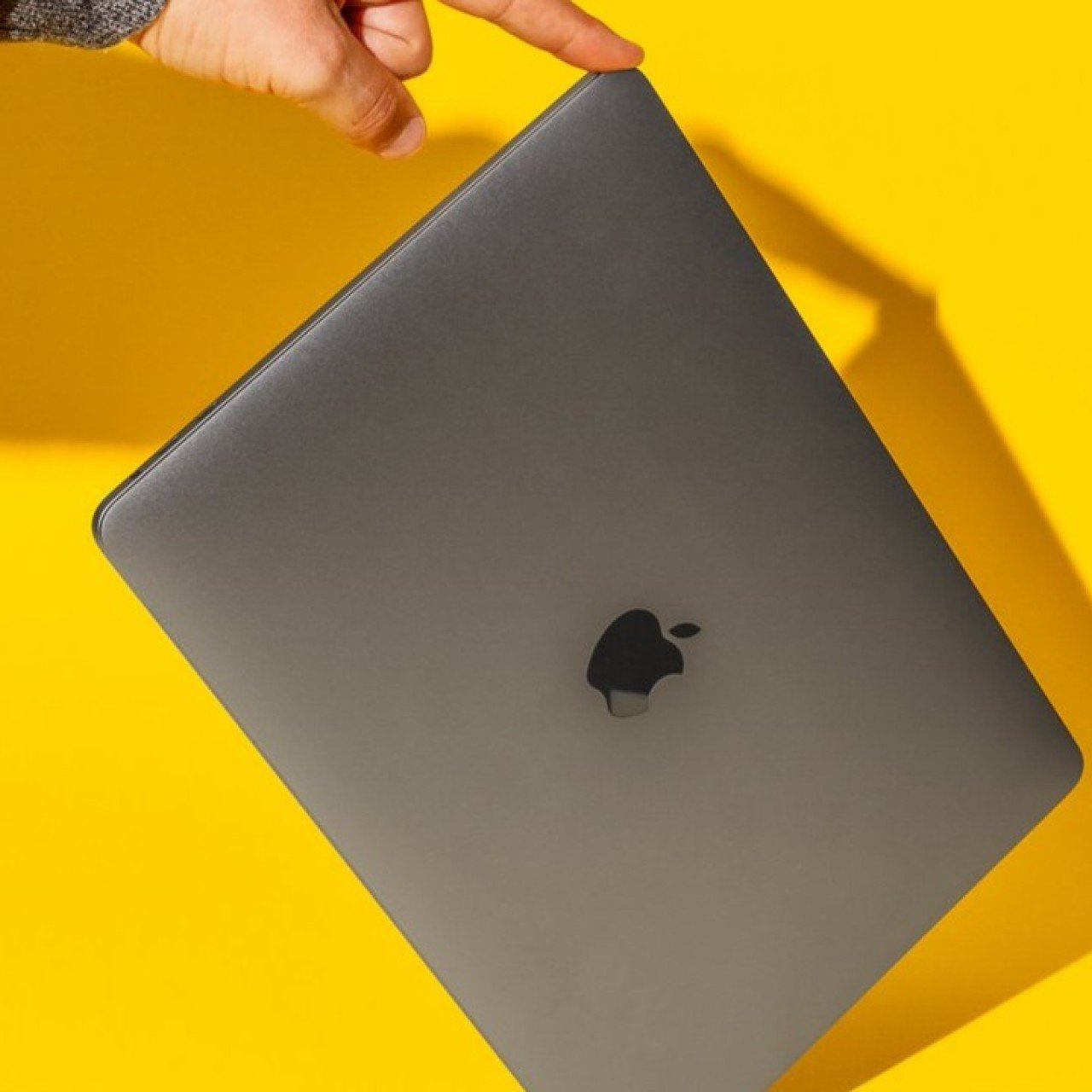 Used Apple Computers >> I Ve Used Apple Computers My Entire Life But Here S Why I M Never